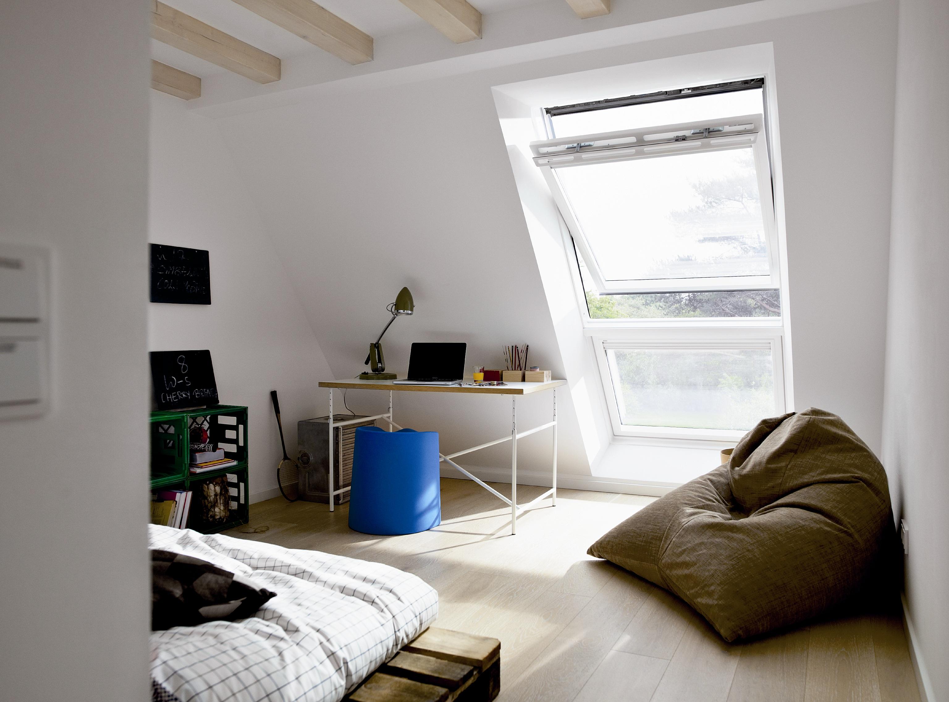 ventana-de-tejado-giratoria-pvc-velux